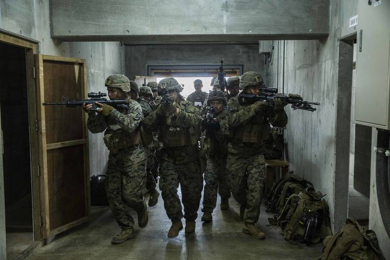 U.S. Marines, Japan Ground Self-Defense Force teach room clearing techniqes during Exercise Forest Light Western Army0.