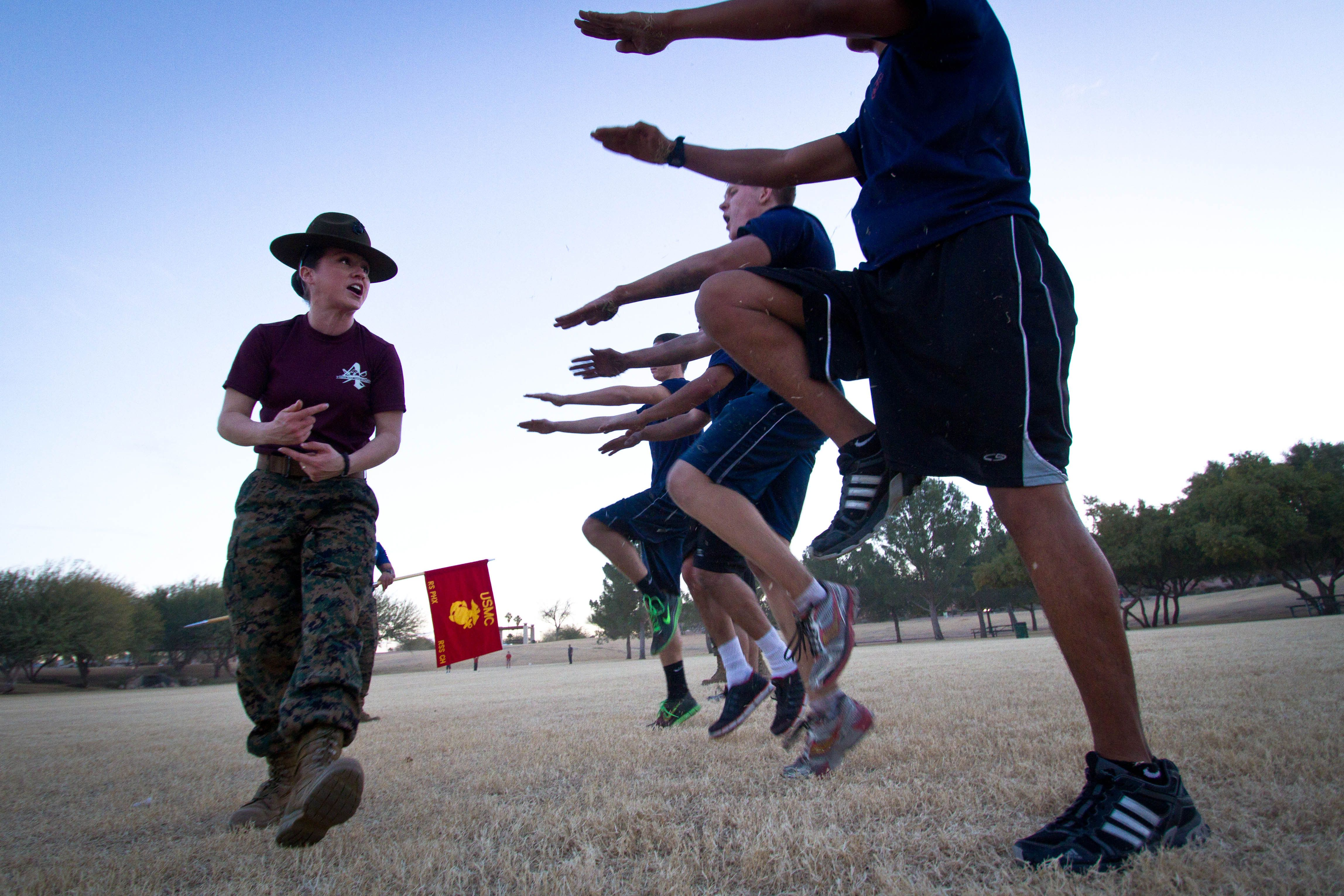 More female Marine drill instructors needed as boot camp gender-integration continues